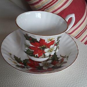 Bluebird Fine Bone China Christmas Tea set